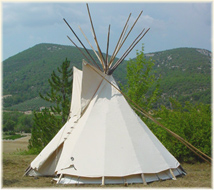 Lily Tipi-nyons-2-indx